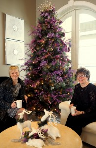 Read more about the article Dobbs Family Graciously Opens Doors for Festive Home Tour