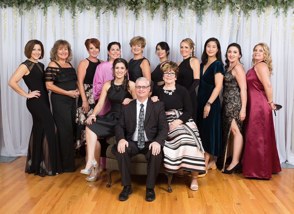 Read more about the article Local Families Close Out Gala With Surprise Donation